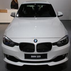 Replace BMW 320i car keys